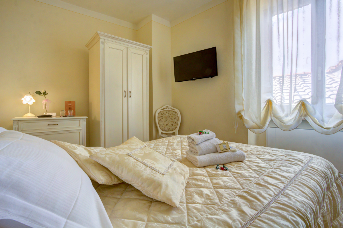 Single Rooms - Hotel Volterra In